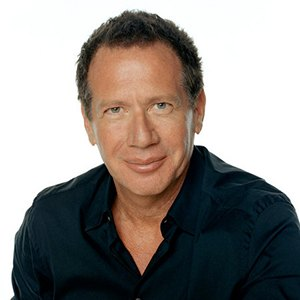 Photograph of Garry Shandling.