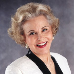 Photograph of Ann Landers.