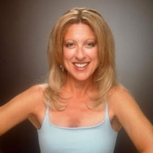 Photograph of Elayne Boosler.