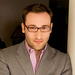 Photograph of Simon Sinek.
