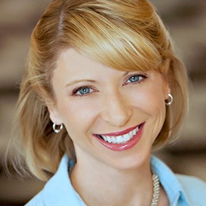 A photograph of Amy Cuddy.