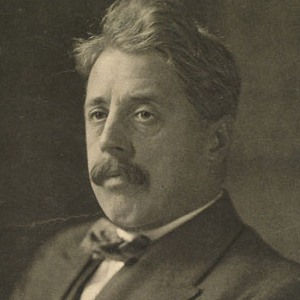 A photograph of Arnold Bennett.