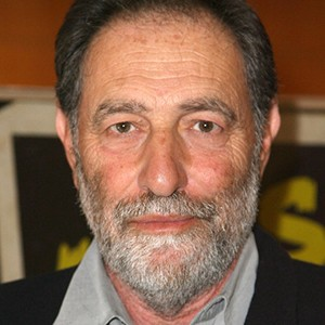 A photograph of Eric Roth.