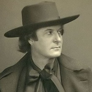 A photograph of Elbert Hubbard.