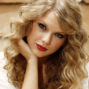 A photograph of Taylor Swift.