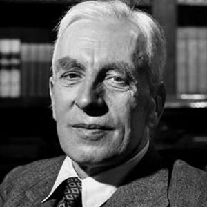 A photograph of Arnold Joseph Toynbee.